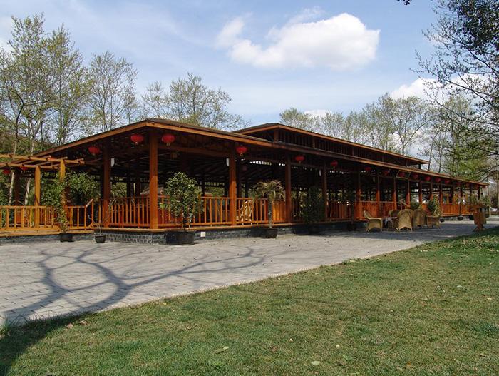 木制餐厅07_木制餐厅_广东更专业的木屋设计-全国更